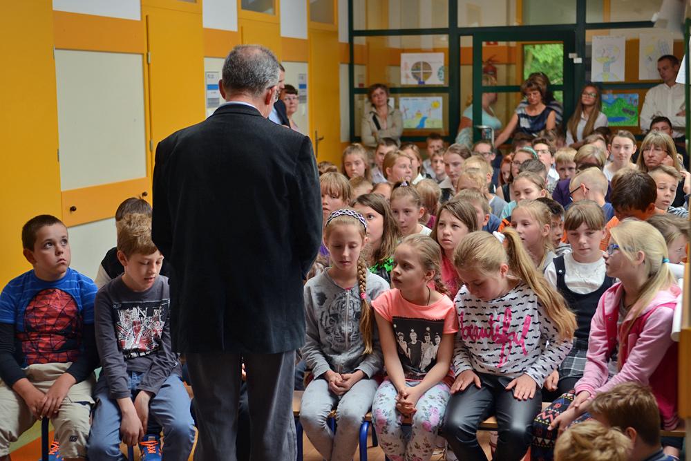"""Szkolne spotkanie dotyczące Danuty Siedzikówny ps. """"Inka""""."""